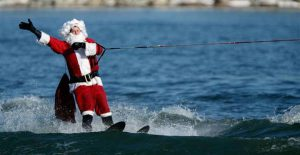 The Waterskiing Santa @ Old Town Alexandria Waterfront   Alexandria   Virginia   United States