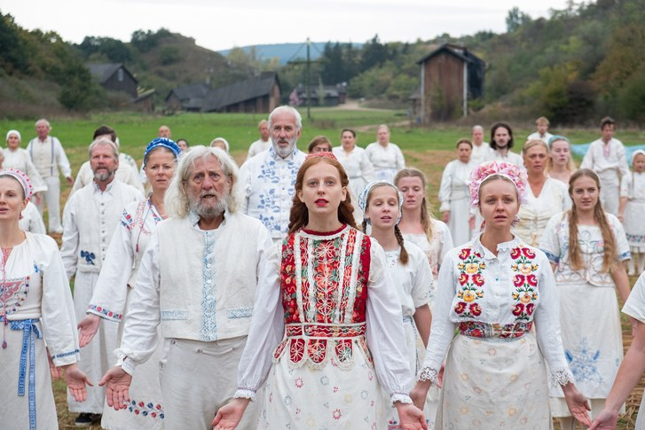 Review: 'Midsommar' delivers relationship woes and twisted horrors in the light of day